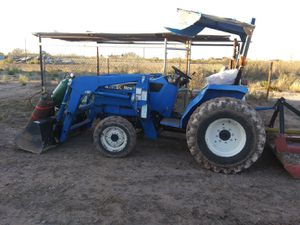 New Holland T30 for Sale in Grape Creek, TX