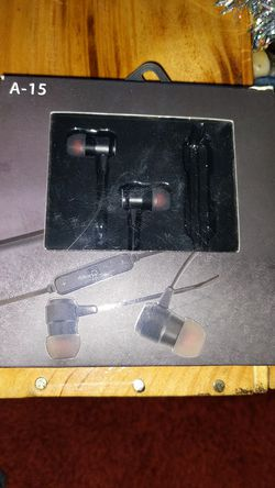 Sport headphones NEW for Sale in Portland,  OR