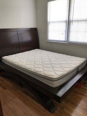 Queen frame $300 mattress $200 or $450 for both for Sale in Newport News, VA