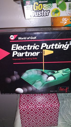 World of Golf electric putting partner improve your putting skills for Sale in Knoxville, TN