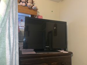 MAGNAVOX TV for Sale in Bell, CA