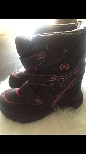 Kids AIRWALK snow boots size 2 for Sale in Salt Lake City, UT