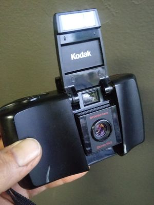 Kodak 935 Autoflash 35mm w/Battery- WORKING! for Sale in Chino, CA