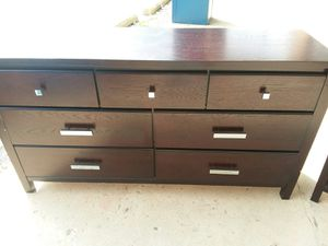 Modern 7 drawer dresser 😆credit cards accepted ! for Sale in Joliet, IL