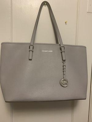 Micheal Kors Bag for Sale in Wichita, KS