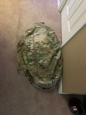 Military Duffle Bag for Sale in Valrico, FL