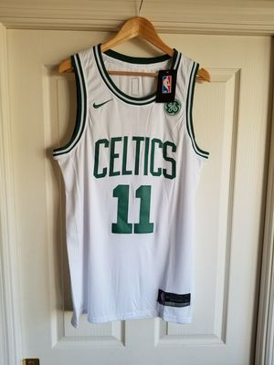 KYRIE IRVING BOSTON CELTICS WHITE JERSEY SIZE LARGE for Sale in Fort Lauderdale, FL