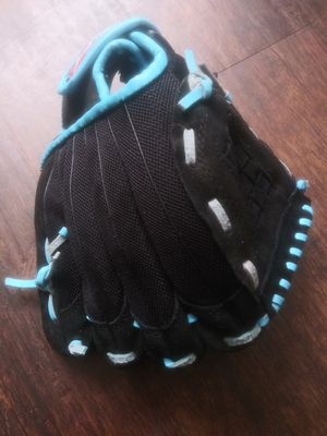 """***10"""" RAWLINGS SAVAGE YOUTH BLACK/BLUE BASEBALL GLOVE!*** for Sale in Dallas, TX"""