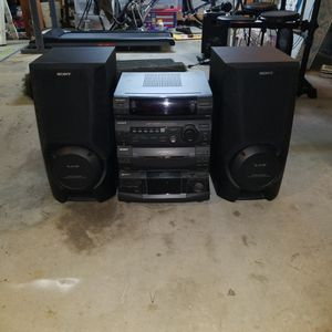 Stereo Receiver W/ Dual Cassettes And 5 CD Changer for Sale in San Diego, CA