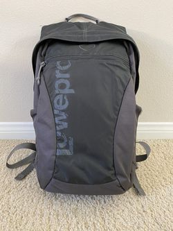 Lowepro Photo Hatchback for Sale in Irvine,  CA