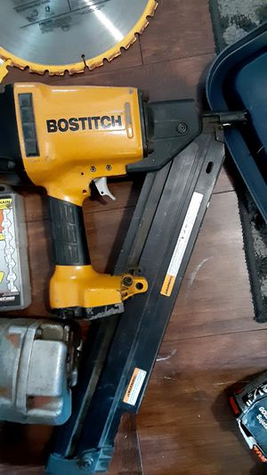 Bostitch framing nail gun ....barely used.... great condition for Sale in Dracut, MA