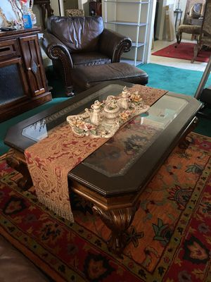 Vintage solid wood/glass top coffee table for Sale in Henderson, NV