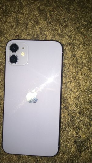 iPhone 11 Purple (NOT FREE MAKE A OFFER) for Sale in Fort Worth, TX
