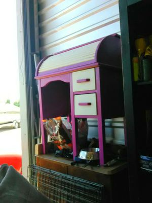 Cute small roll top desk for a little girl. Or a small area for Sale in American Fork, UT