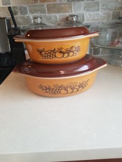 Vintage Pyrex Old Orchard Oval Casserole Set for Sale in Tacoma,  WA