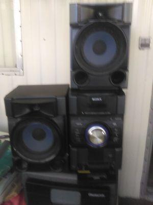 Sony stereo. Mini-Hi-Fi Component System. MHC-EC7091P. for Sale in Escondido, CA