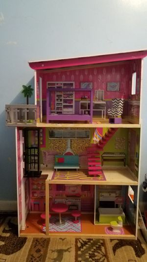 Doll House for Sale in PA, US
