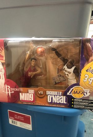 Yao Ming vs Shaquille O'Neal for Sale in Modesto, CA