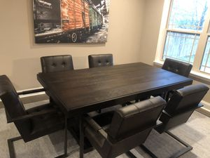 Dining room table for Sale in Warner Robins, GA