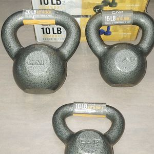 10lbs 15lbs 20lbs Cast Iron Kettlebell $100 (New) for Sale in Oak Lawn, IL