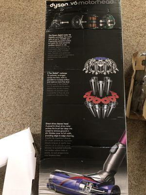 New Dyson v6 Motörhead Vacuum for Sale in Vandalia, OH