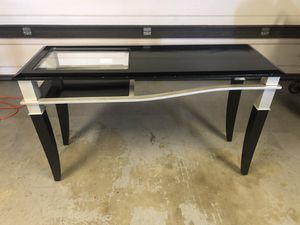 Sofa table console for Sale in San Diego, CA