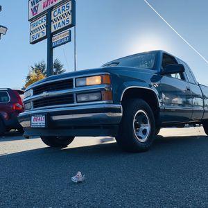 1997 Chevy Silverado 1500 truck for Sale in Tacoma, WA
