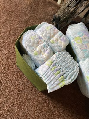 Huggies size 3 diapers for Sale in Paramount, CA