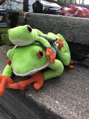Cute two frogs stuffed animal for Sale in Parkville, MD
