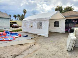 Carpas y mesas for Sale in CTY OF CMMRCE, CA