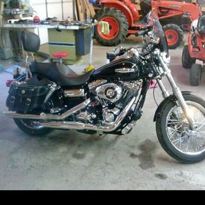 2010 Harley Davidson super glide 6 speed for Sale in Baltimore, OH