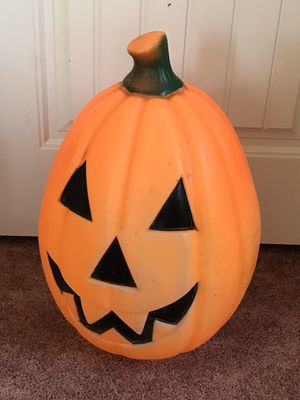 Vintage Empire Pumpkin Halloween Lighted Blow Mold for Sale in Vienna, MO