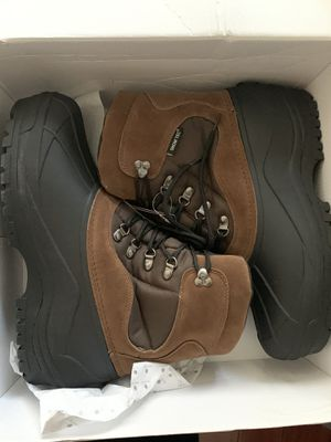 Men's 11 water-proof Snow Boots for Sale in Los Angeles, CA