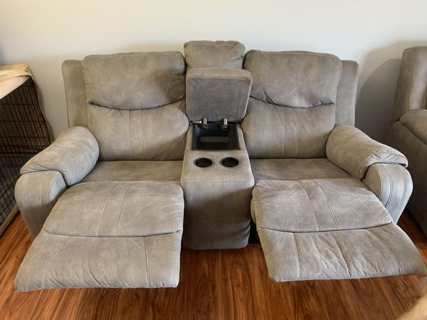 Two Seater Recliner Couch w/storage