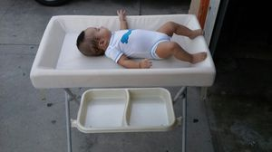 Changing Table Baby for Sale in Compton, CA