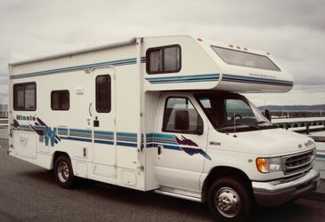 1999 Winnebago Minnie RV for Sale in Denver,  CO