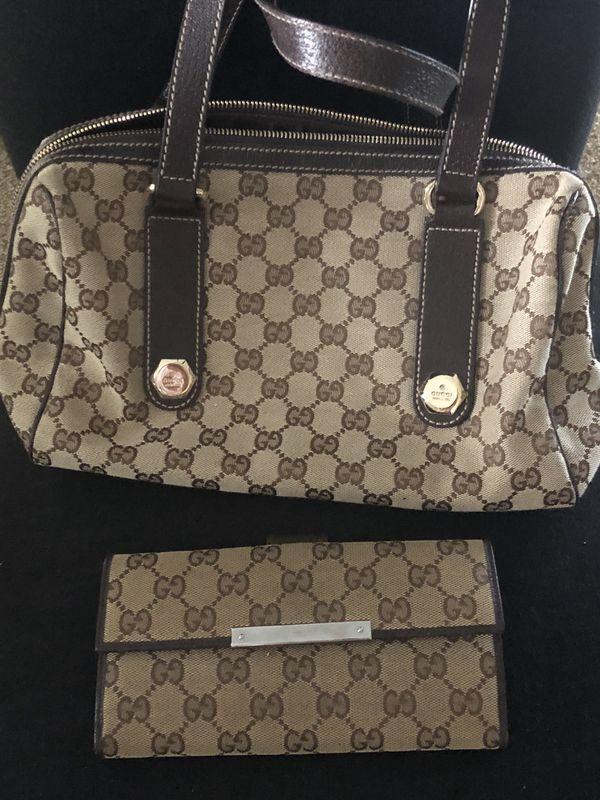 Gucci Purse n Wallet