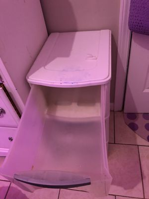 3-piece plastic drawer set for Sale in McDonough, GA