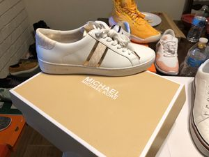 Michael Kors size 9 for Sale in Highland, CA
