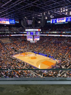 Phoenix Suns vs LA Clippers - TONIGHT for Sale in Scottsdale, AZ