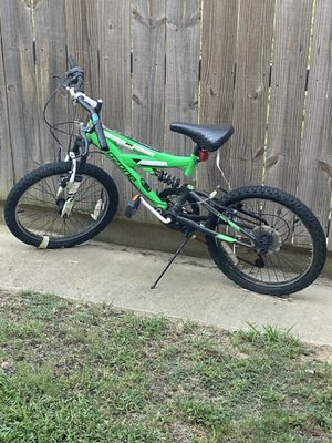 Boys bike, selling cheap! for Sale in Tyler, TX