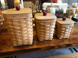 Longaberger Collection of baskets for Sale in Toronto, OH