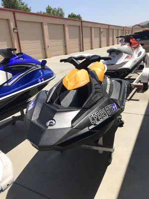 2018 Seadoo spark 2up 90HP Like brand New with 4 original hours . $5,000 DEAD FIRM BRAND NEW SKI for Sale in Norco, CA