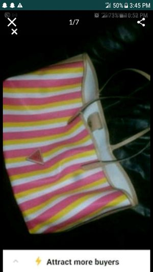 GUESS Beach bag or everyday use Great cond for Sale in Lake Park, NC