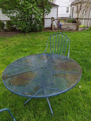 11 piece full iron patio set for Sale in Saint CLR SHORES, MI