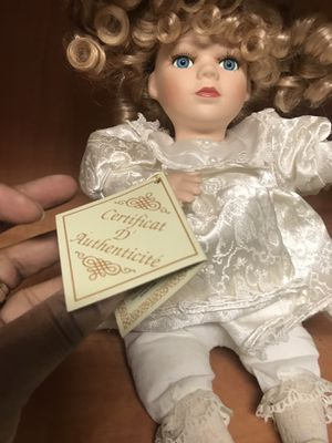 Antique doll for Sale in Boiling Springs, SC