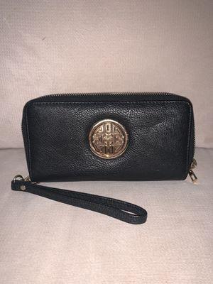 Tory Burch Double Zipper Wallet for Sale in Kings Park, NY