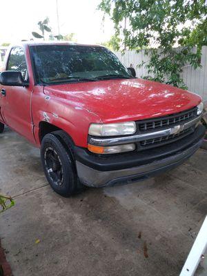 2002 Chevy Silverado v6 short bed for Sale in San Antonio, TX