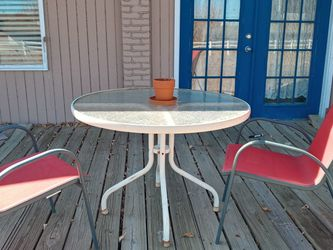 Table And Two Red Chairs for Sale in Broomfield,  CO