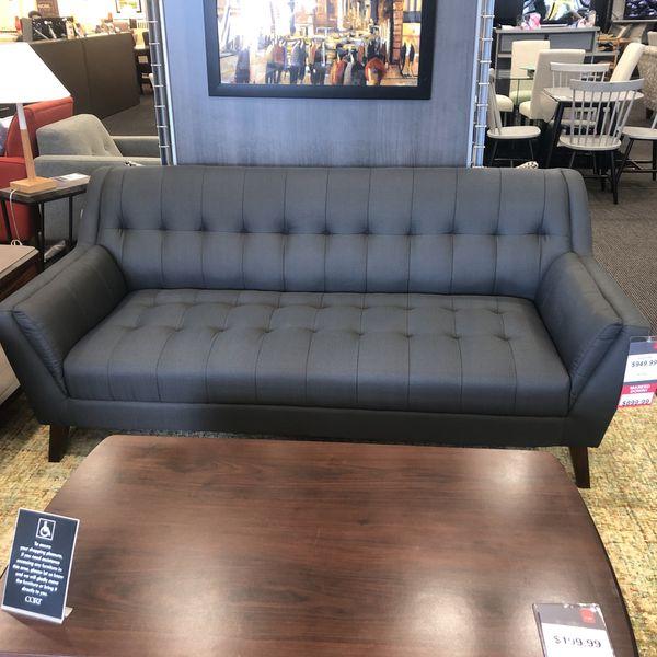 Binnetti Sofa & Chair